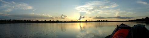 atardecer en el lago YANAYACU